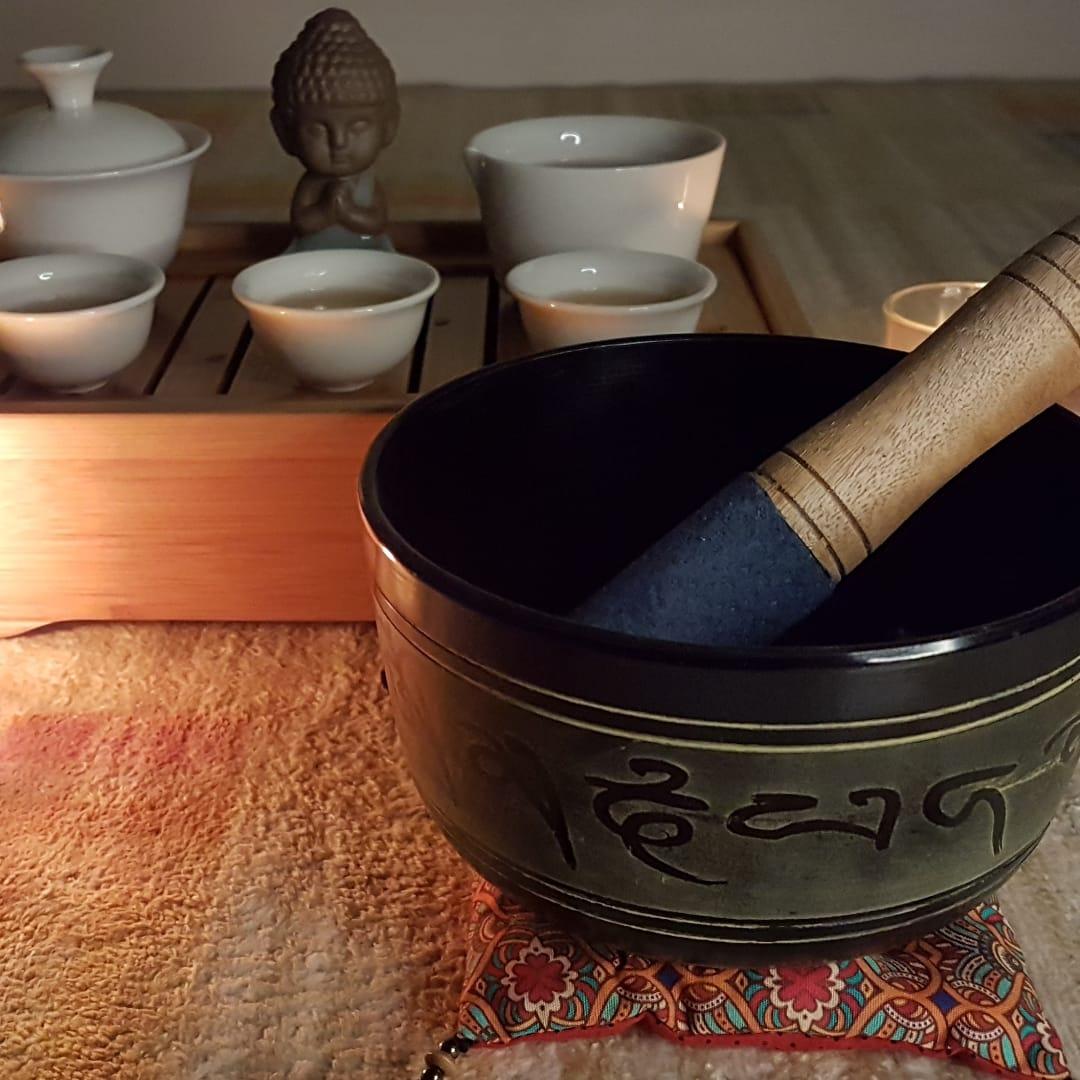 Meditação do Chá: uma experiência com chá, meditação e reiki